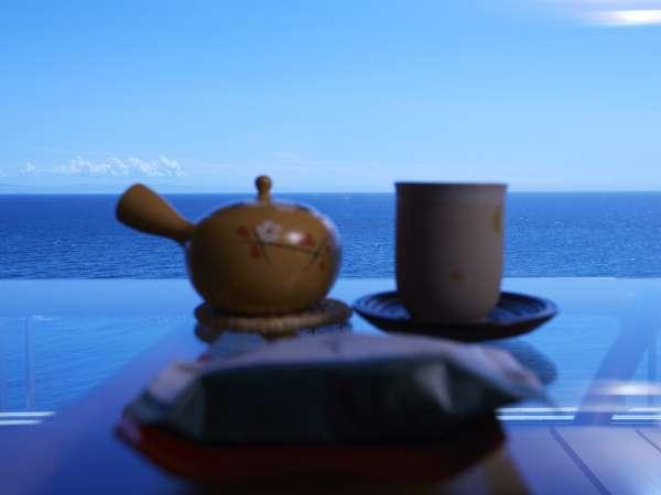 【夕食はお部屋食】老舗旅館のおもてなしと自慢の料理を客室にお届け!季節の和食膳