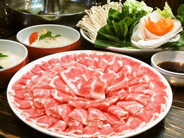 【じゃらん限定☆2食付】鹿児島産の黒豚しゃぶしゃぶを堪能。新鮮野菜もボリューム満点プラン