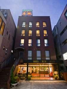 ニュー赤城<高崎駅前>の外観