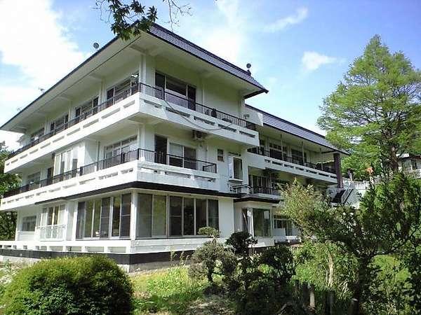 4つの無料貸切露天風呂の宿 ル・ヴァンベール湖郷