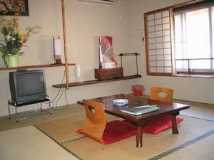 和室8畳部屋2(お手洗いが一番近い部屋になります)