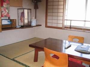 和室4.5畳部屋(4.5畳より広いです。実際。)