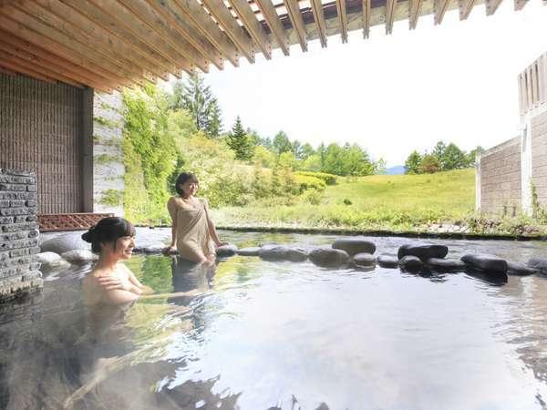 【女子旅】応援!お得に北軽井沢で癒しの時間を♪お夕食は約60種類のバイキング