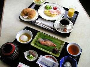 朝食は、チェックイン時に和食・洋食・朝粥よりお選びいただけます。