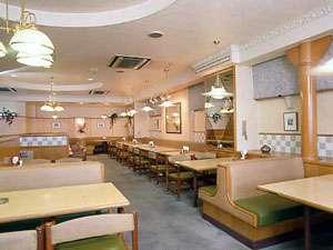 朝食は、レストラン「ぐり~んどろっぷ」でどうぞ。朝食、ランチのみの営業です。