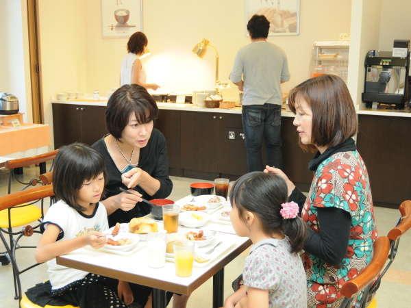 三重県産コシヒカリを使った炊き立てご飯、手作り味噌汁などをご用意しております。(朝食:6:30~9:30)