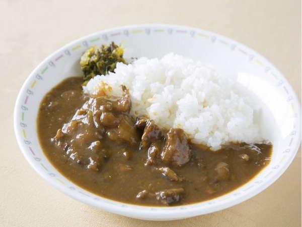地元名産の伊賀牛を使用した、ホテル自家製の伊賀牛すじ肉入りカレー