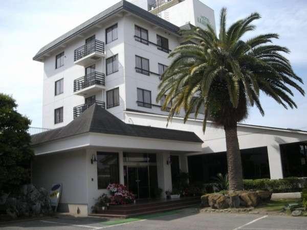 ホテル カアナパリの外観