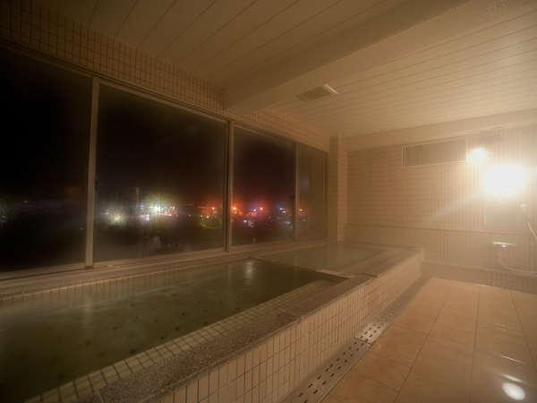 【展望大浴場】本明川が見渡せる展望浴場!!毎日の疲れを癒してください。
