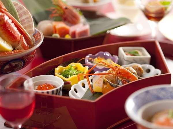 【彩花膳・献立例】旬の珍味を盛り付けた前菜は、まさに宝石箱☆
