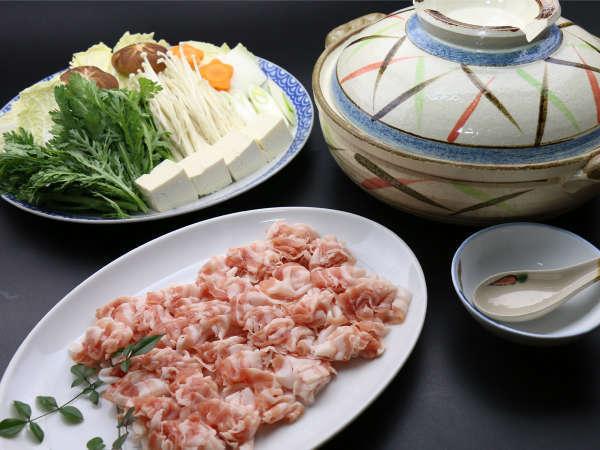 【しゃぶしゃぶ鍋】自家米と自家栽培で採れたお野菜がたっぷり♪
