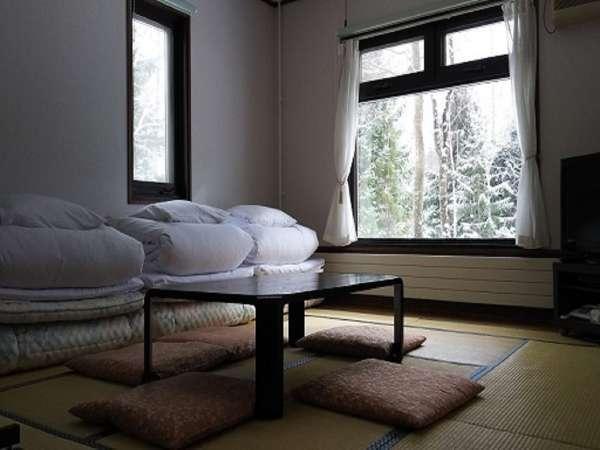 和室10畳 1泊2食付スタンダードプラン (冷暖房完備 加湿器 洗面台 バストイレ無) 禁煙室