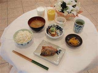 朝食(和定食)朝からしっかりした朝食を摂って今日も一日頑張ろう!