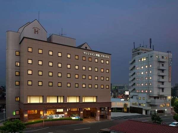 ホテルサンシャイン徳島の外観
