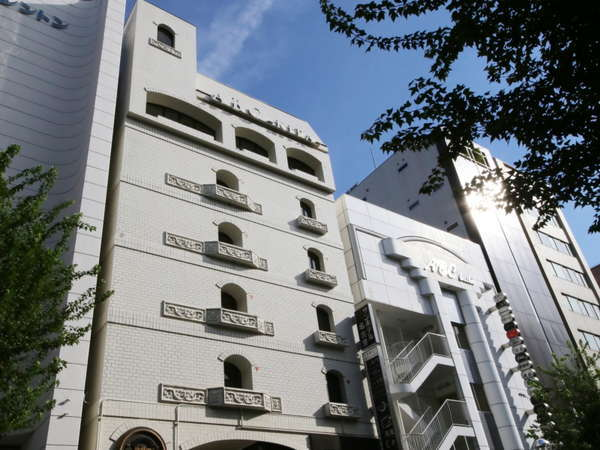 サンホテル名古屋錦の外観