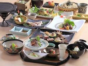 旬の食材をふんだんに使った和食特別会席の一例