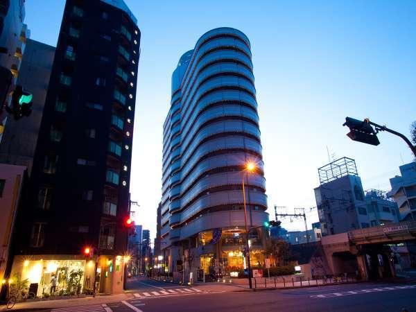 アパホテル<大阪天満>の外観