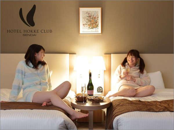 ホテル女子会♪観光のあとも夜ふかし♪