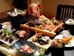 「彩華亭」で味わえる創作懐石料理の一例