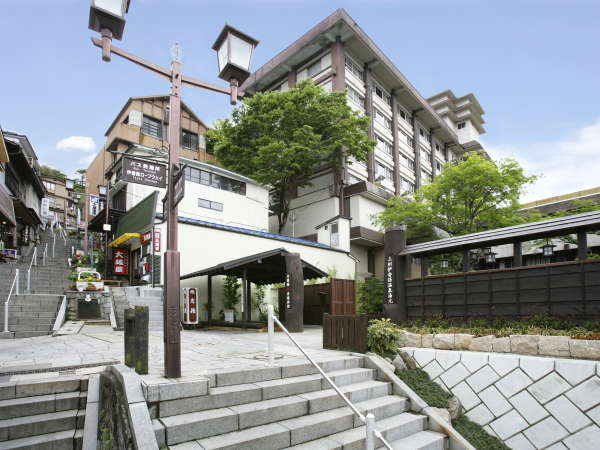岸権旅館の外観