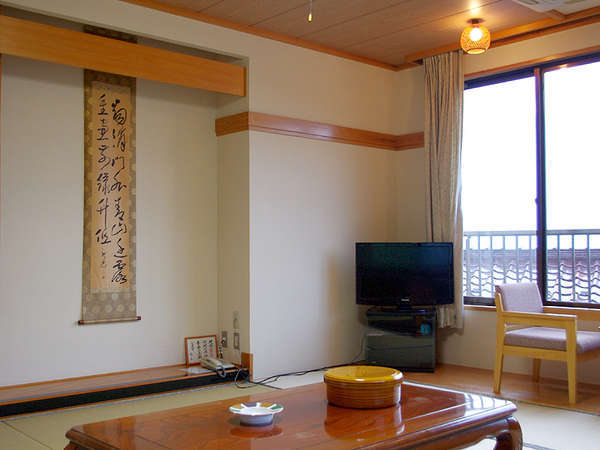 *和室一例/畳のお部屋でお寛ぎ下さい