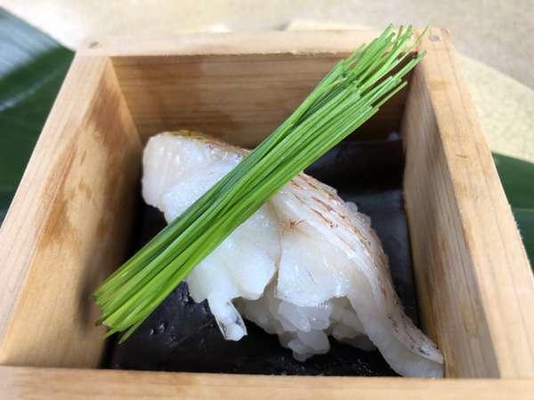 文月7月は「遊」がテーマ 新・絆コース 海の幸美味と温泉・お部屋食