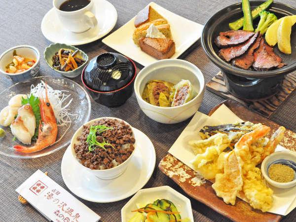 【夕食】楓:絶品鹿肉料理がメインのお刺身盛合せ付のメニューです。