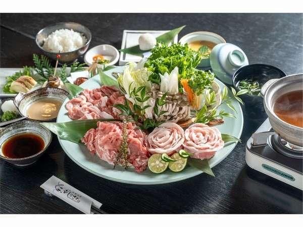 米豚食べくらべ