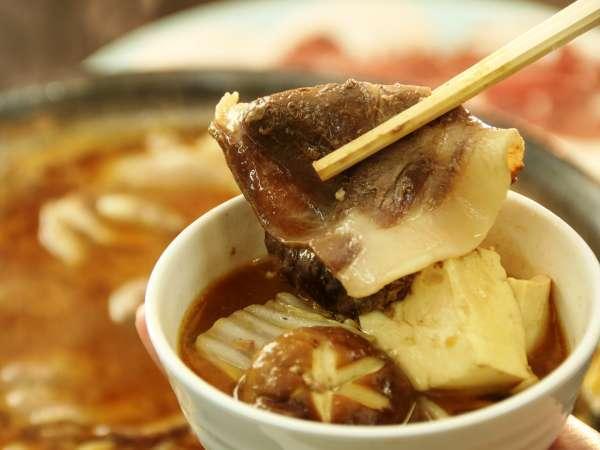 山陰一のおもてなし鍋【ぼたん鍋】香り豊かなやわらか猪肉をあなたに…