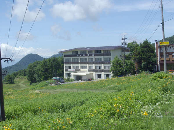 横手 山本荘の外観