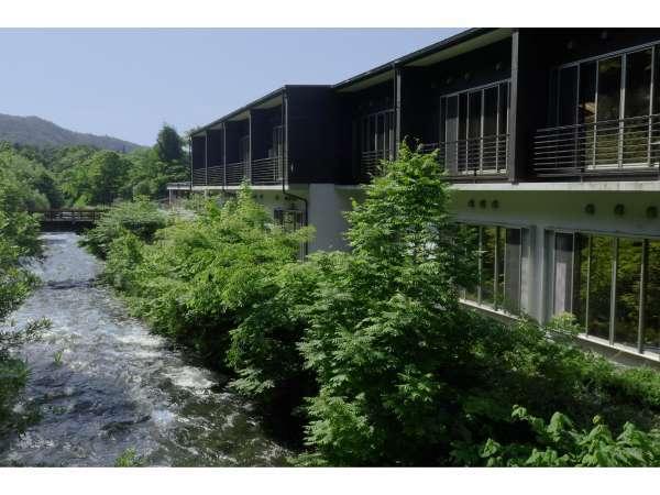 【外観】昼 豊沢川側 四季折々の情景をお愉しみ下さい