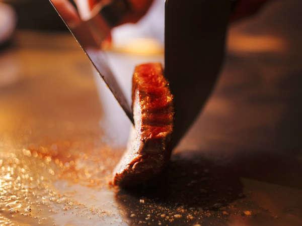 【鉄板ステーキ】国産牛フィレ×国産牛サーロインのコンビネーション♪地魚&旬野菜を鉄板焼コースで