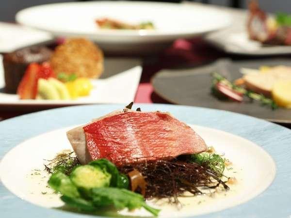 【ご褒美ごちそう旅】黒毛和牛、金目鯛を旬野菜と共に。本格フレンチディナー「シャルマン」1ドリンク付き