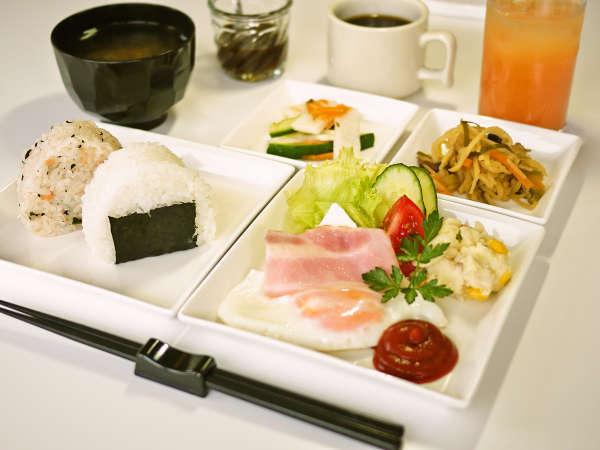 *【朝食全体例】メニューは日替わりなので、長期滞在の方も安心っ♪