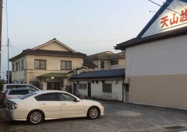 旅館 天山荘の外観