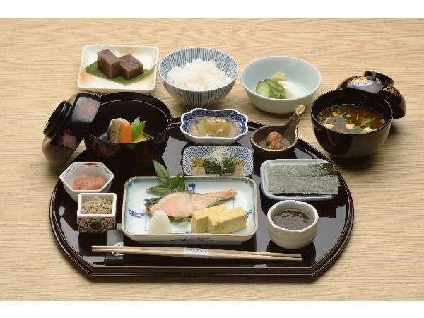 【朝食付】和朝食又は洋朝食を、レストランもしくはルームサービスでお召し上がり頂けます。