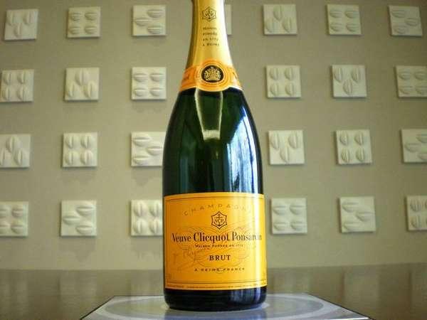 【シャンパンで乾杯】ヴーヴクリコシャンパンフルボトル付プラン/ビュッフェ