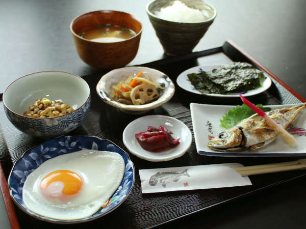 【一泊朝食付き】1日のスタートは朝食から♪しっかり朝ごはん食べていってらっしゃい(*^_^*)