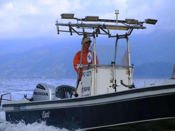 ひがし旅館渡船EAST 経験豊富な旦那が優良な漁場や釣り方をレクチャーします
