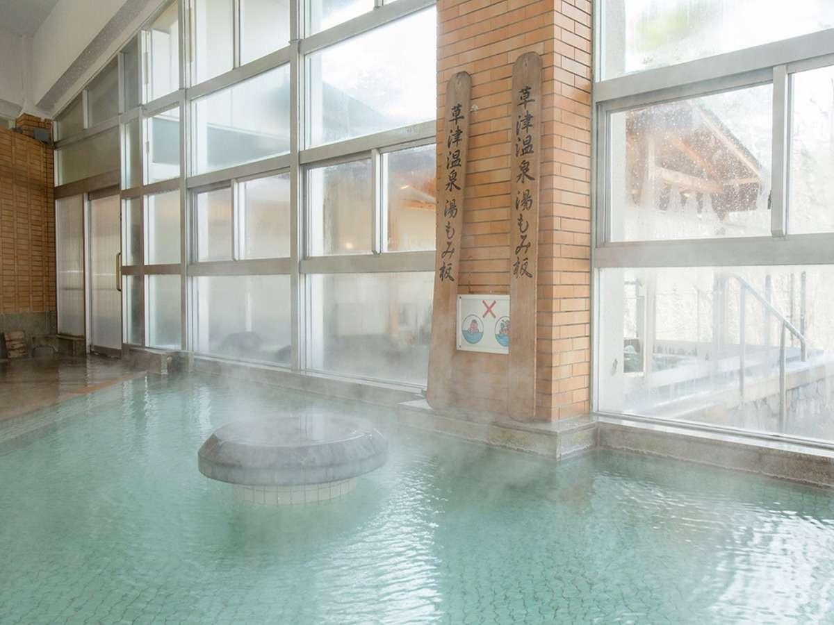 源泉掛け流しを楽しめる大浴場