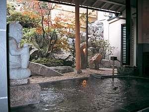 奈良の紅葉スポット近くの温泉宿・紅葉露天のある宿県 宿 花屋徳兵衛
