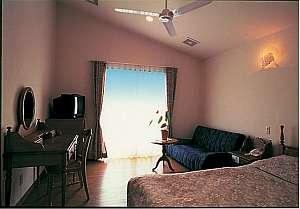 リゾートムード漂う洗練された客室