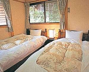 ツインベッド寝室