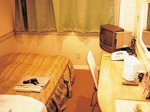 シングルルーム 機能性と寛ぎの快適空間