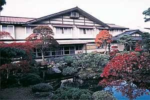 大湯温泉 旅館岡部荘