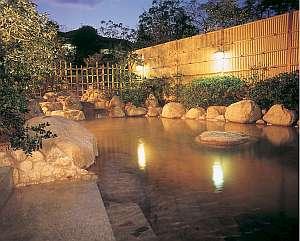 三重の紅葉スポット近くの温泉宿・紅葉露天のある宿県 グリーンホテル