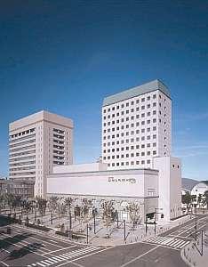 オークスカナルパークホテル富山 外観