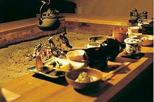 懐石風和食膳(写真は料理内容の一部で、他に肉料理、季節の一品等の出来たてを)