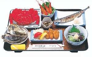 季節の魚介類での夕食