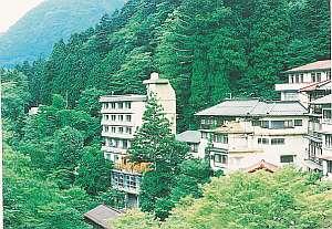 6つの貸切露天 渓流の湯宿 柏屋旅館